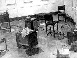 Nam June Paik, Exposition of Music-Electronik Television, 1963